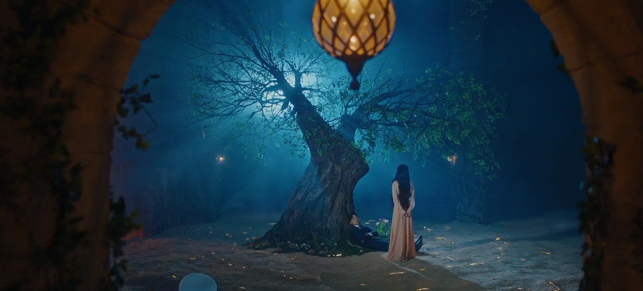 Resenha] Hotel del Luna: novo drama de IU é 'A Bela e a Fera' com espíritos – Debaixo da Cerejeira